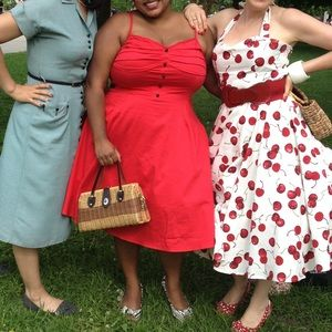 Collectif Dresses - The perfect red 50s dress